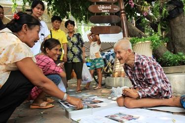 bangkokpost.comnewslocal343962beggar-donates-b1m-to-temple